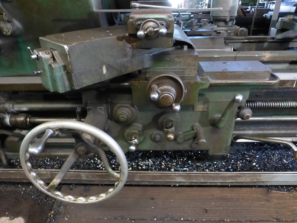 "Monarch 33"" x 120"" Twin Carriage Tracer Lathe