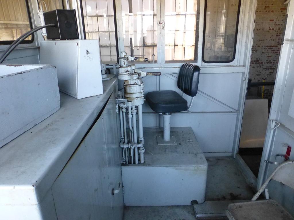 45-Ton GE Locomotive|S/N 15143 - Image 4 of 19