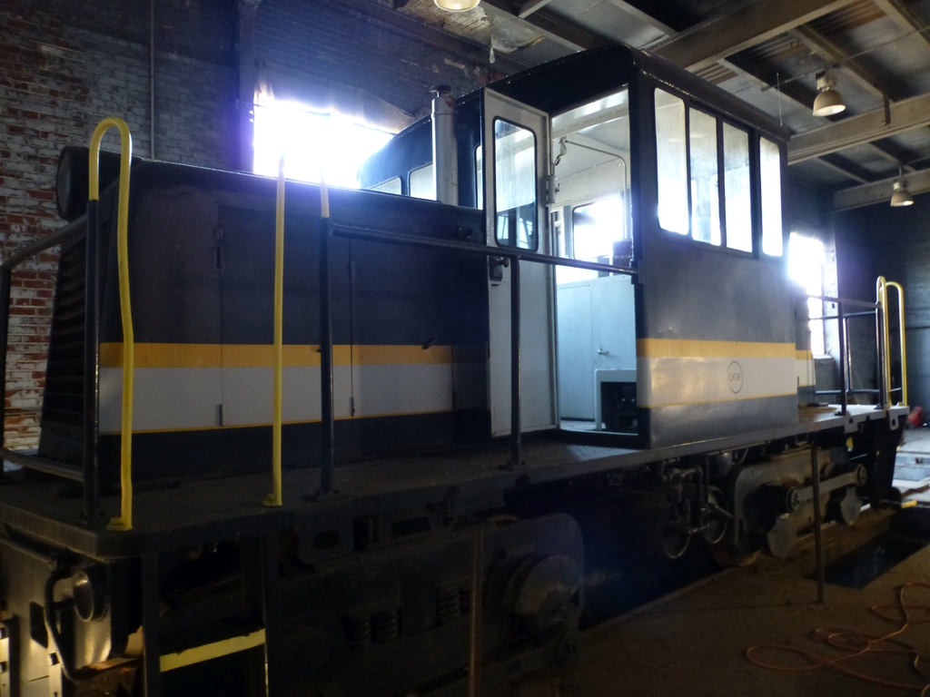 45-Ton GE Locomotive|S/N 15143 - Image 17 of 19