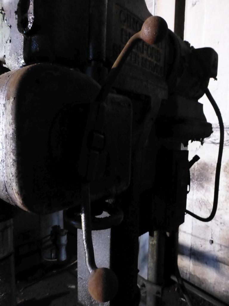 "Cincinnati Bickford 27"" Geared Head Drill - Image 8 of 8"