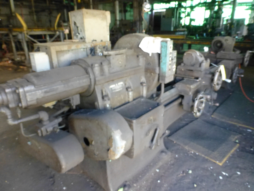 Betts Twin Carriage Axle Lathe|S/N E6417 - Image 2 of 10