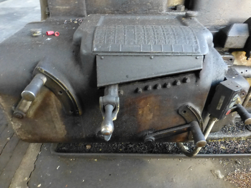 """Monarch 40"""" x 204"""" Engine Lathe Model No. 32NN; With Taper Attachment; 40"""" Actual Swing; 12"""" 3-Jaw - Image 4 of 19"""