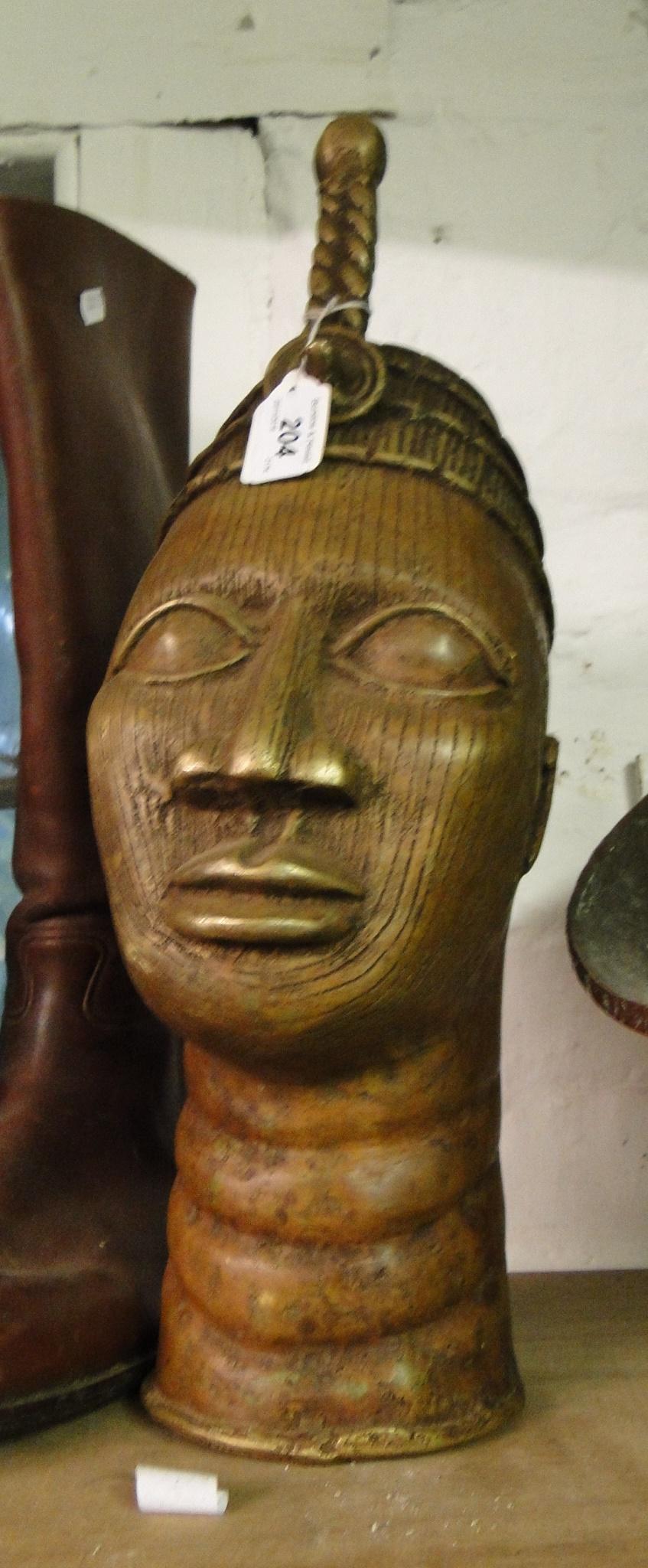 Lot 319 - A Bronze African Benin style head