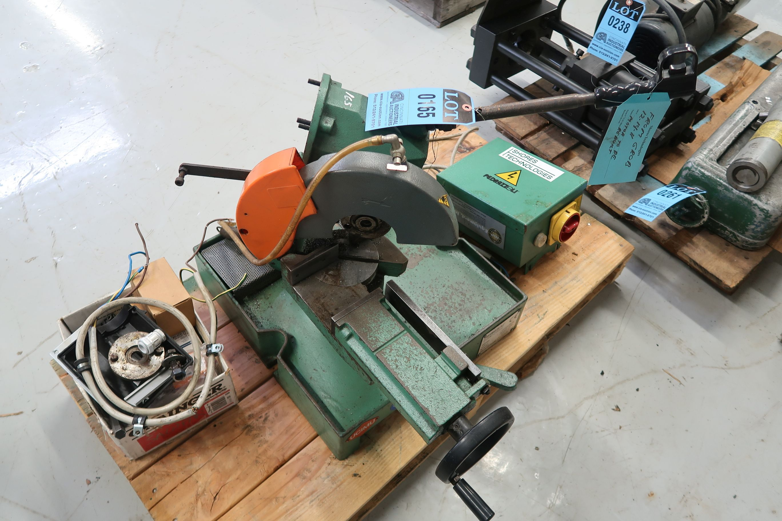 BROWN MODEL 250 TABLE MOUNTED SAW (PARTS MACHINE) - Image 3 of 3