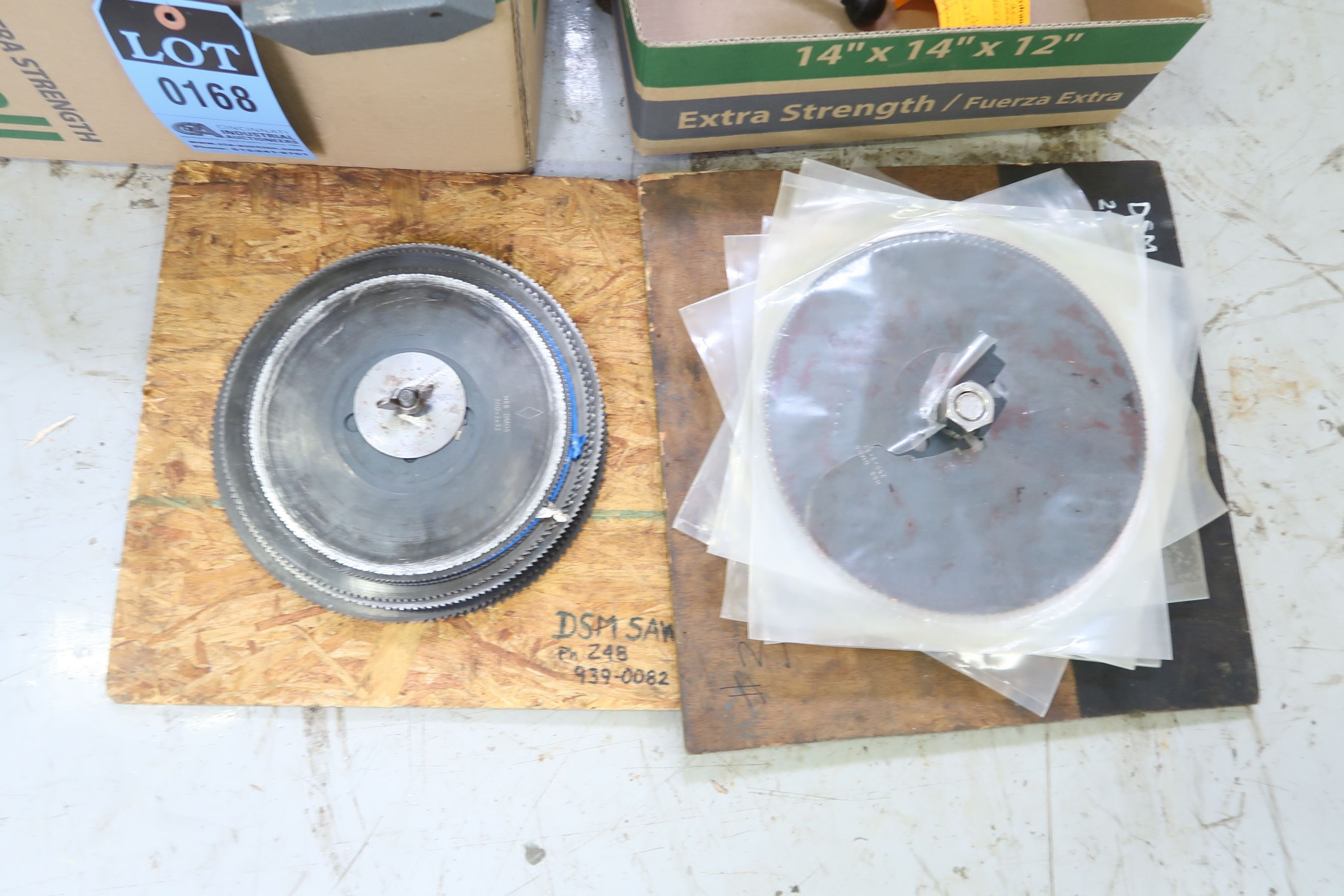 """(LOT) SAW BLADES 7"""" TO 10"""" - Image 3 of 3"""