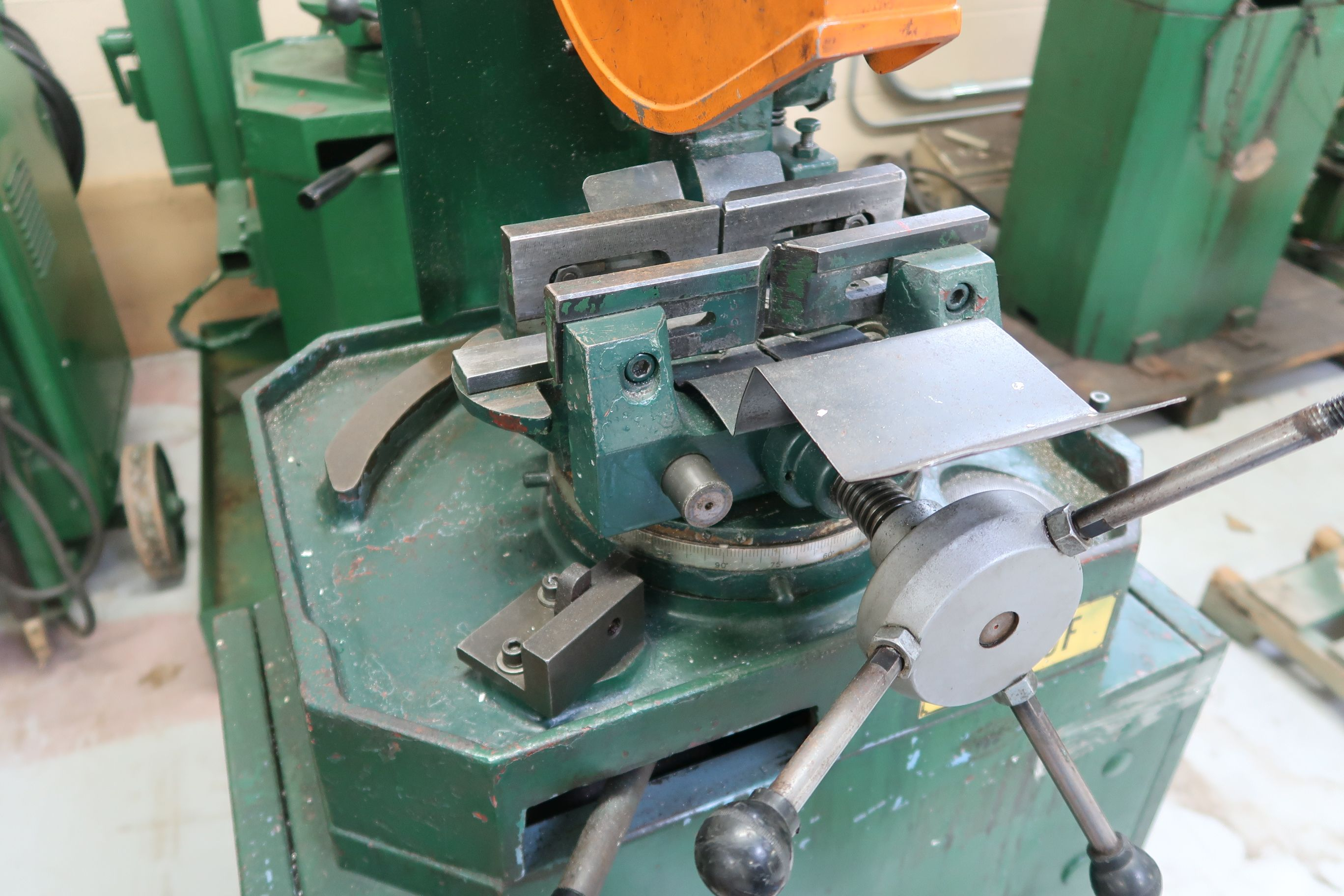 """10"""" BEWO MANUAL COLD SAW WITH PIVOT HEAD - Image 4 of 6"""