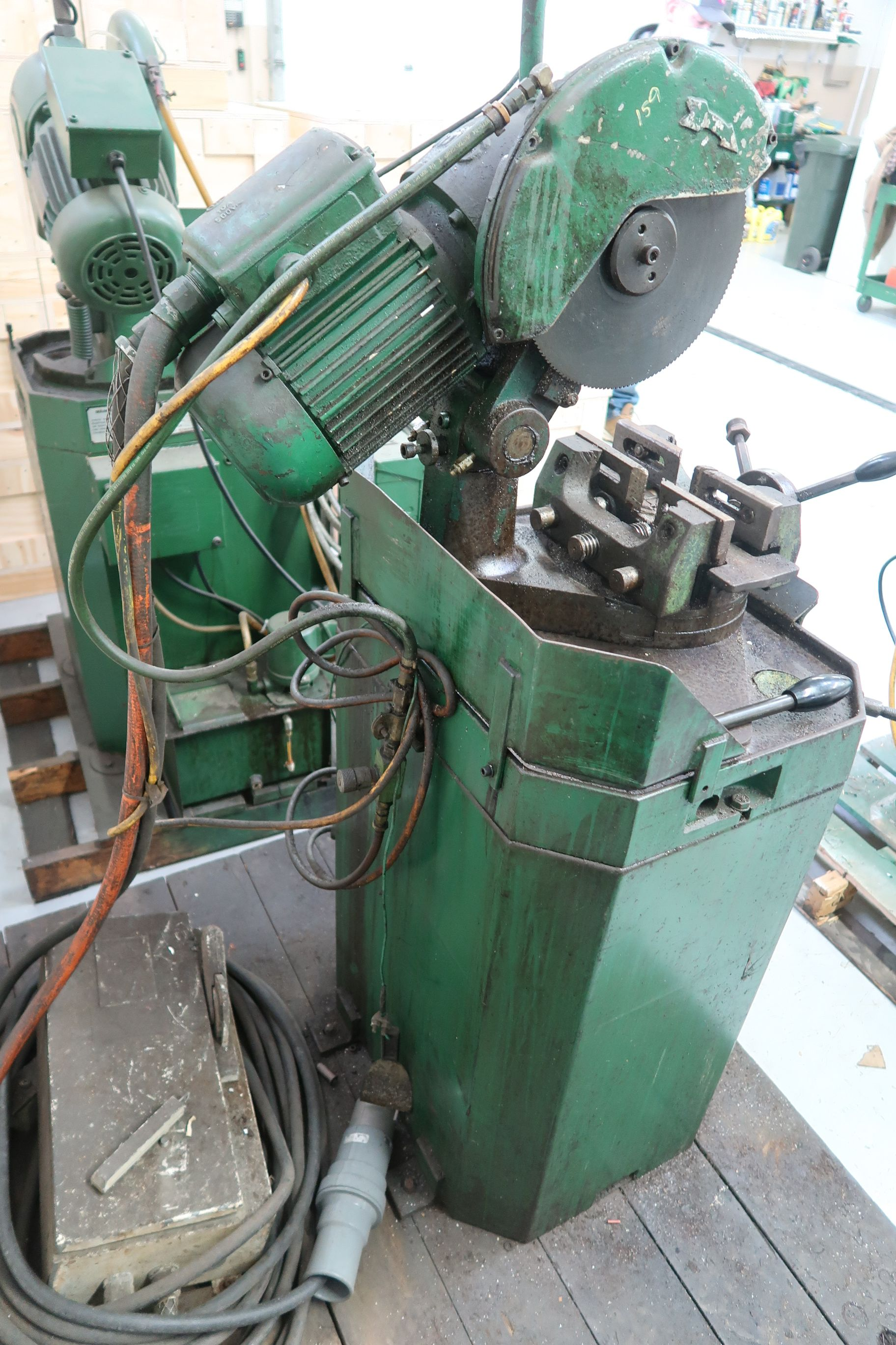 """10"""" BEWO MANUAL COLD SAW WITH PIVOT HEAD - Image 5 of 5"""