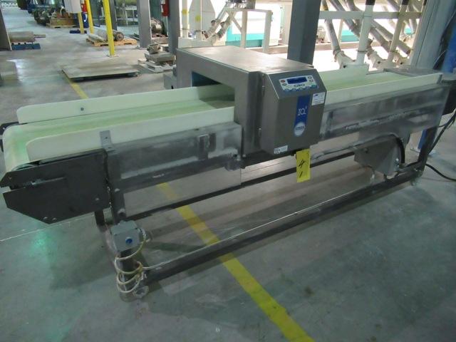 """Lot 41 - LOMA 1Q2 Metal Detector, 15.5"""" X 18"""" APERTURE W/16""""X8' FEED BELT S/N: Q1MD16166B (NO WIRING)"""