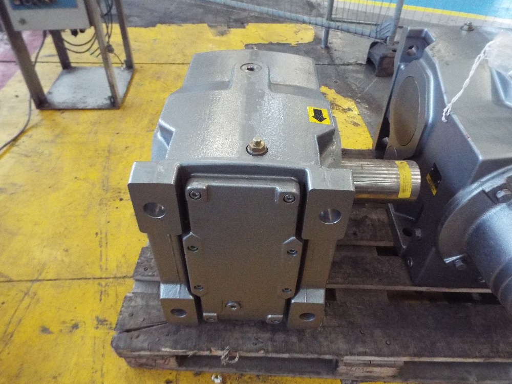 Lot 15 - Nord Unicase Helical Bevel Gearbox