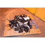 Lot 330 Image