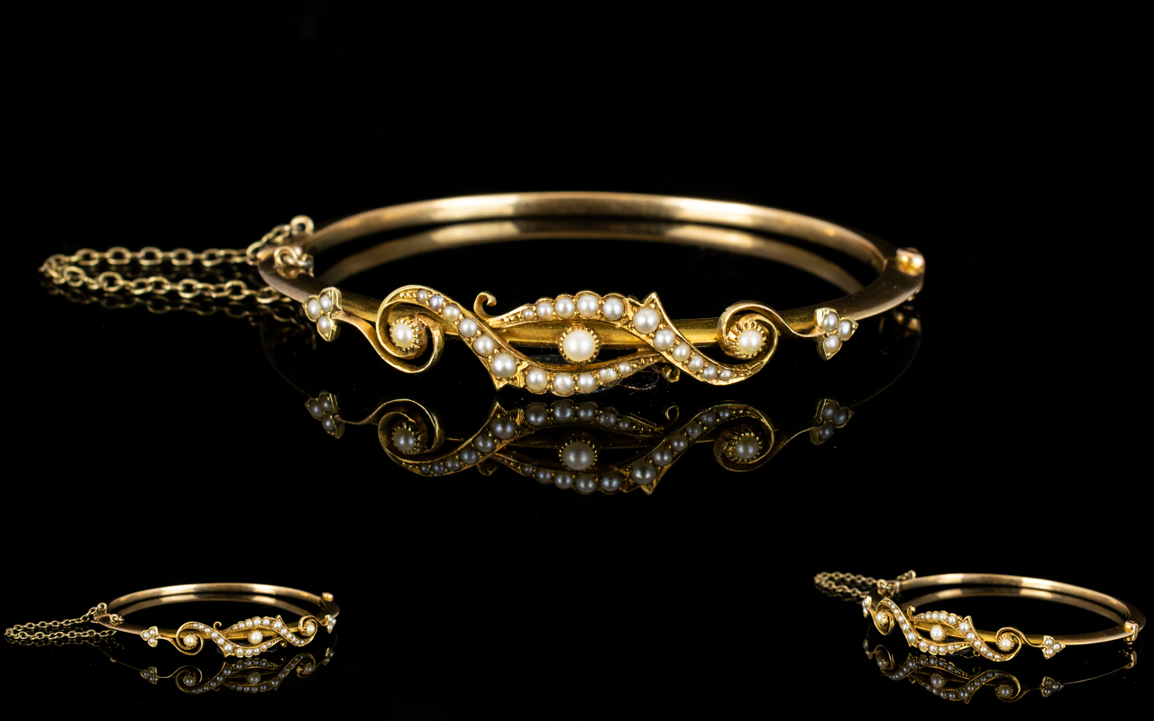 Lot 10 - Victorian Period - Well Designed 15ct Gold Hinged Bangle with Safety Chain,