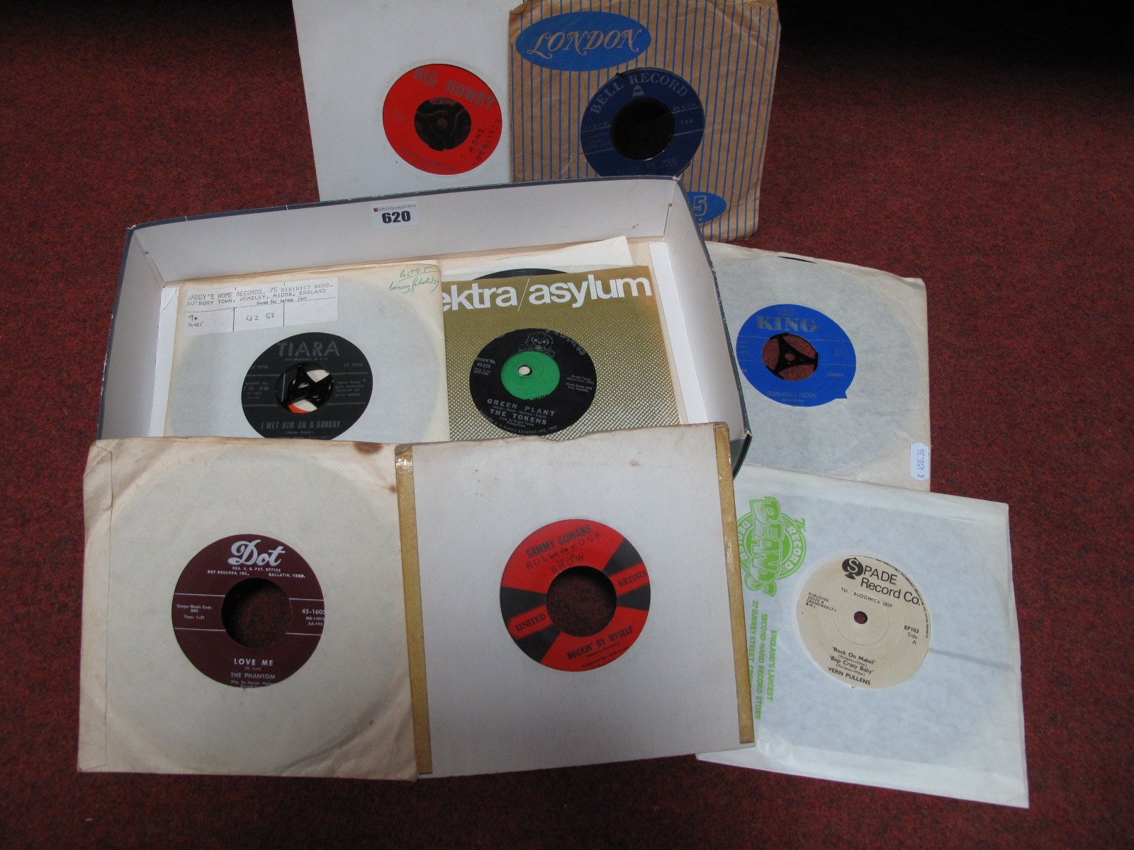 "Lot 620 - Early Rock/ Rockabilly etc., a great batch of 7"" singles, many on obscure US labels (Tiara, Spade,"