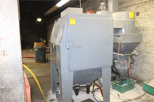 TRINCO ABRASIVE BLAST CABINET MODEL 48X36/PC, S/N 55489-1 WITH ...