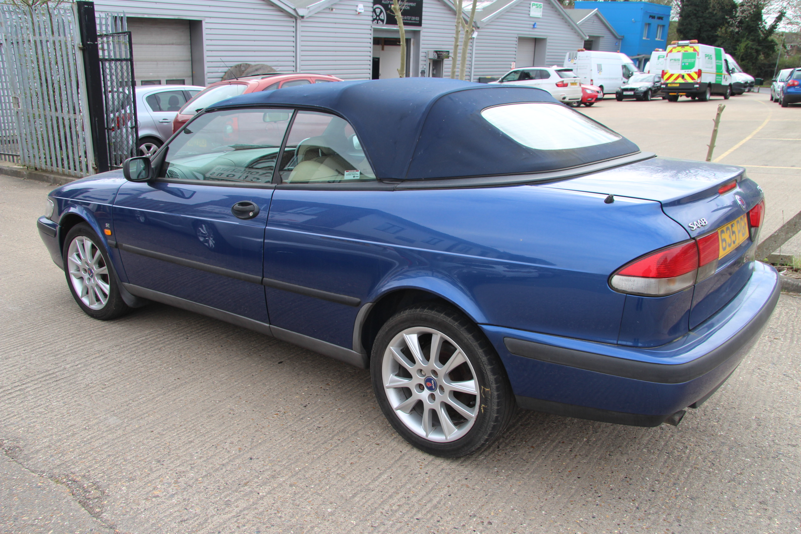 car saab t635 pgf 133574 miles convertible two sets of keys mot till june 2015 we now h. Black Bedroom Furniture Sets. Home Design Ideas