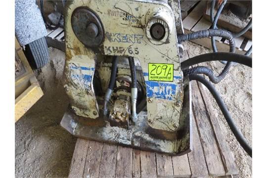 Kent KHP 65 plate compactor backhoe mount