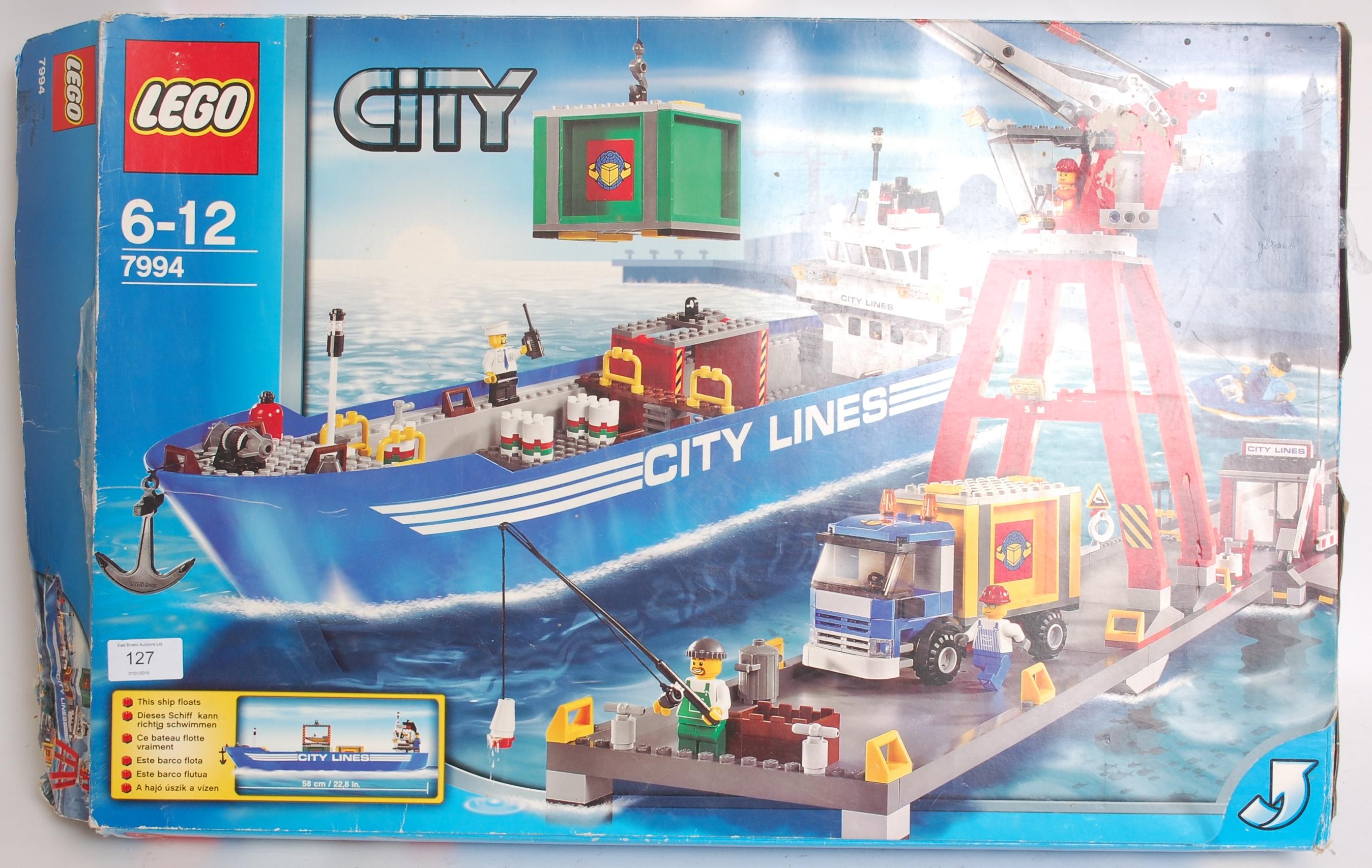 lot 127 lego an original vintage lego city 7994 - Lego City Bateau