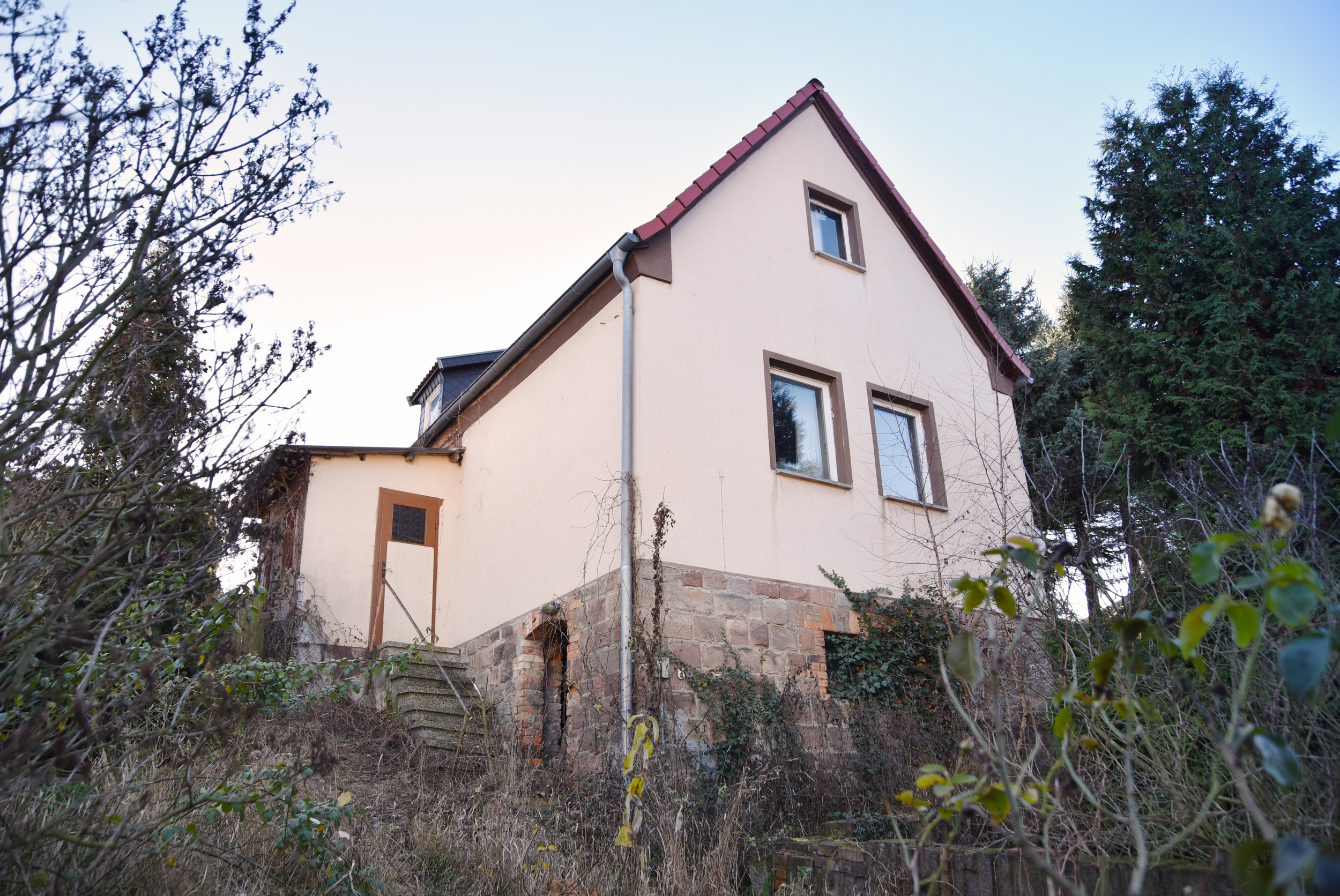 Lot 5 - LARGE FREEHOLD HOUSE AND LAND IN SAXONY-ANHALT, GERMANY