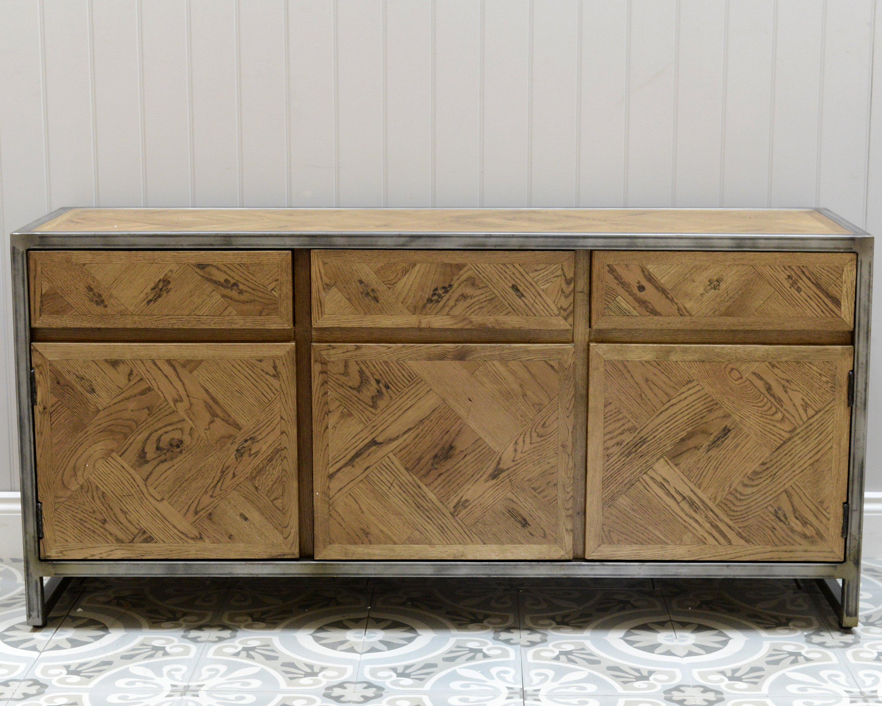 Lot 3310 - Rochelle Sideboard 160x46 Cm Saloon And Iron