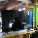 Insignia 43' Flat Screen TV