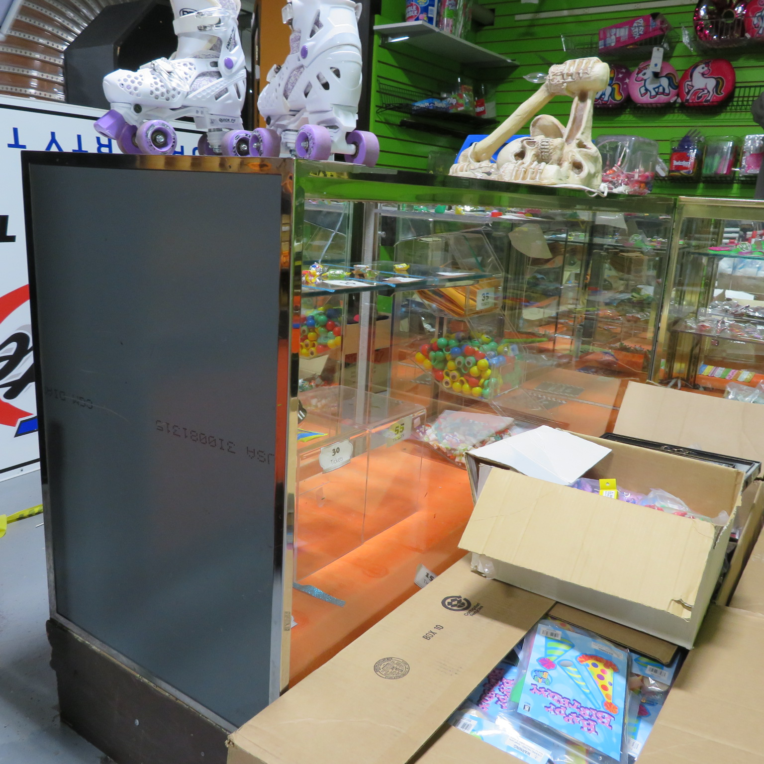 6' Glass Top & Front Showcase