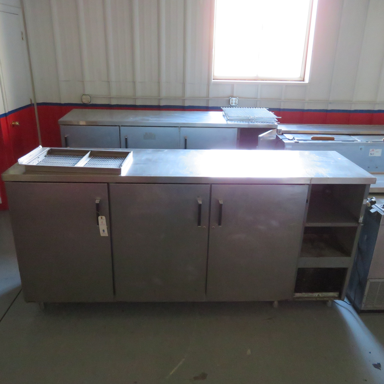 "Perlik 88"" SS SC 3 Door Ref. Base Unit"