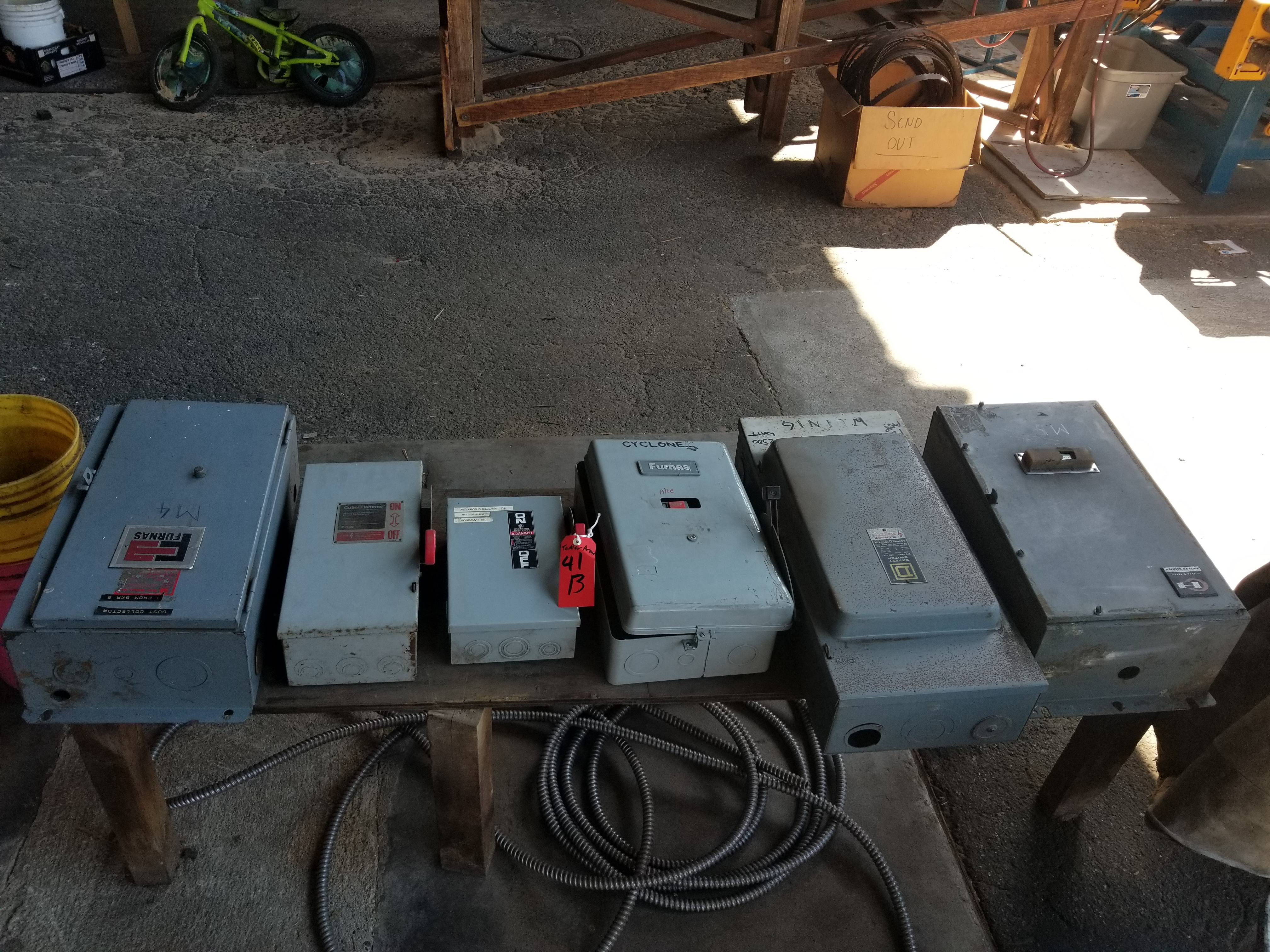 (Lot) Electrical boxes