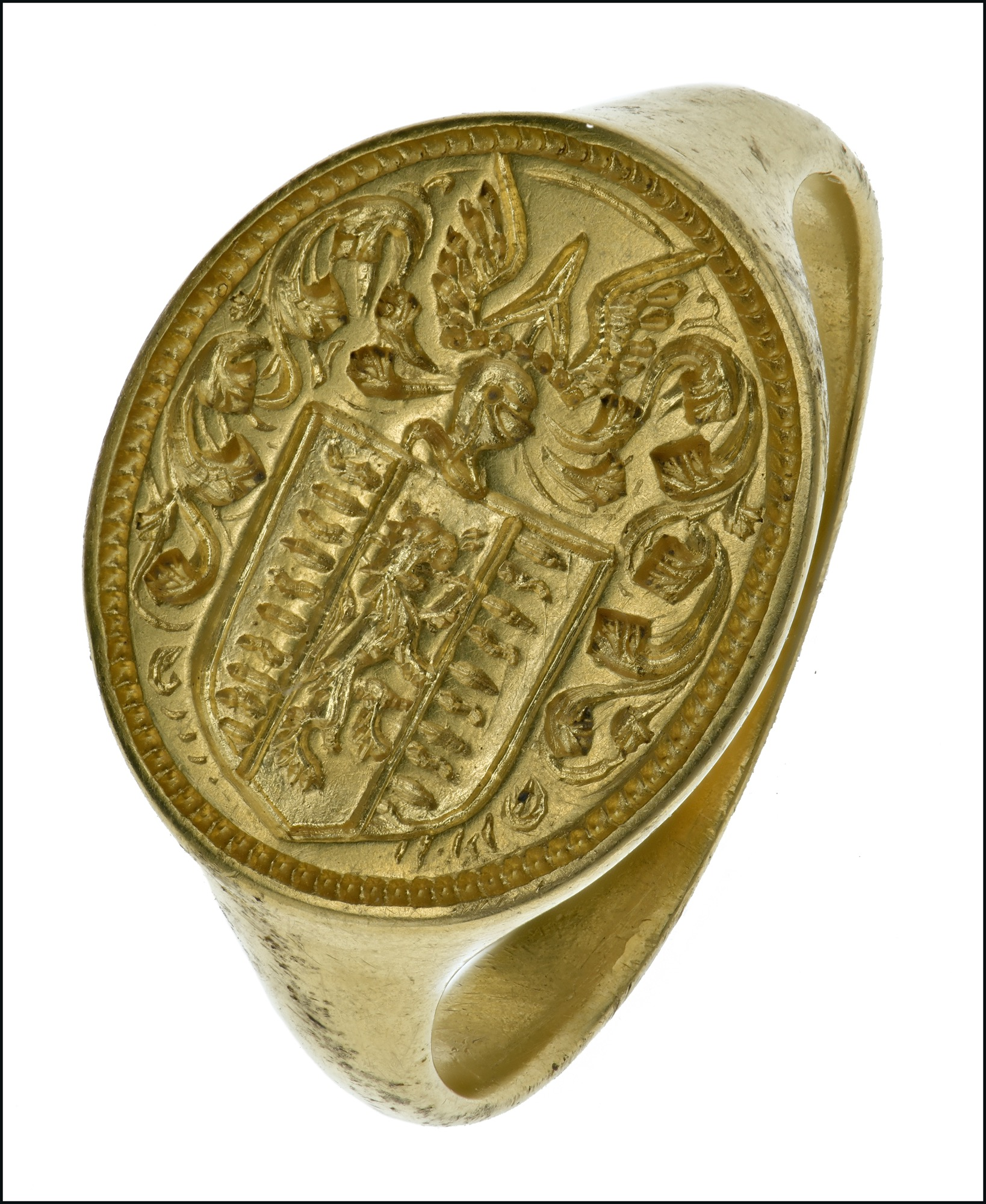 Antiquities and Antiquarian Jewellery