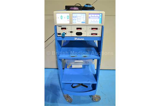 valleylab force triad electrosurgical generator with 3 footswitches rh bidspotter co uk Valleylab Force FX LigaSure Force Triad Energy Platform System