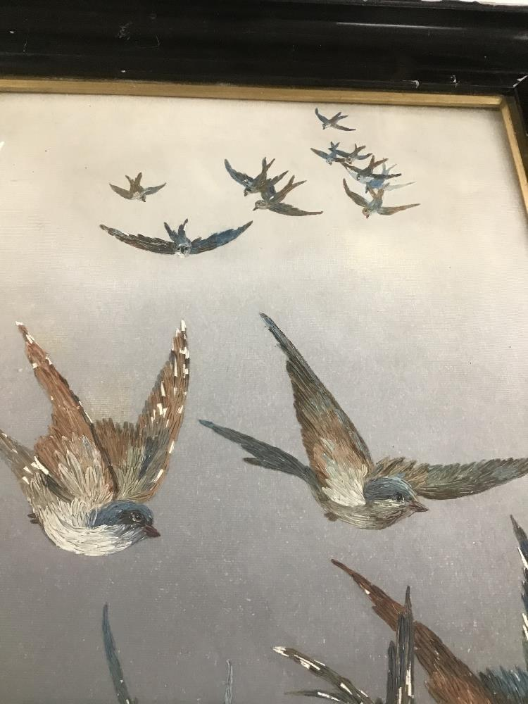 Lot 533 - A VINTAGE FRAMED AND GLAZED ORIGINAL OIL OF BIRDS IN FLIGHT, H60CM X W45CM