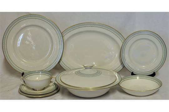 A Royal Doulton Berkshire pattern Dinner Service comprising six dinner plates six dessert plates  sc 1 st  The Saleroom & A Royal Doulton Berkshire pattern Dinner Service comprising six ...