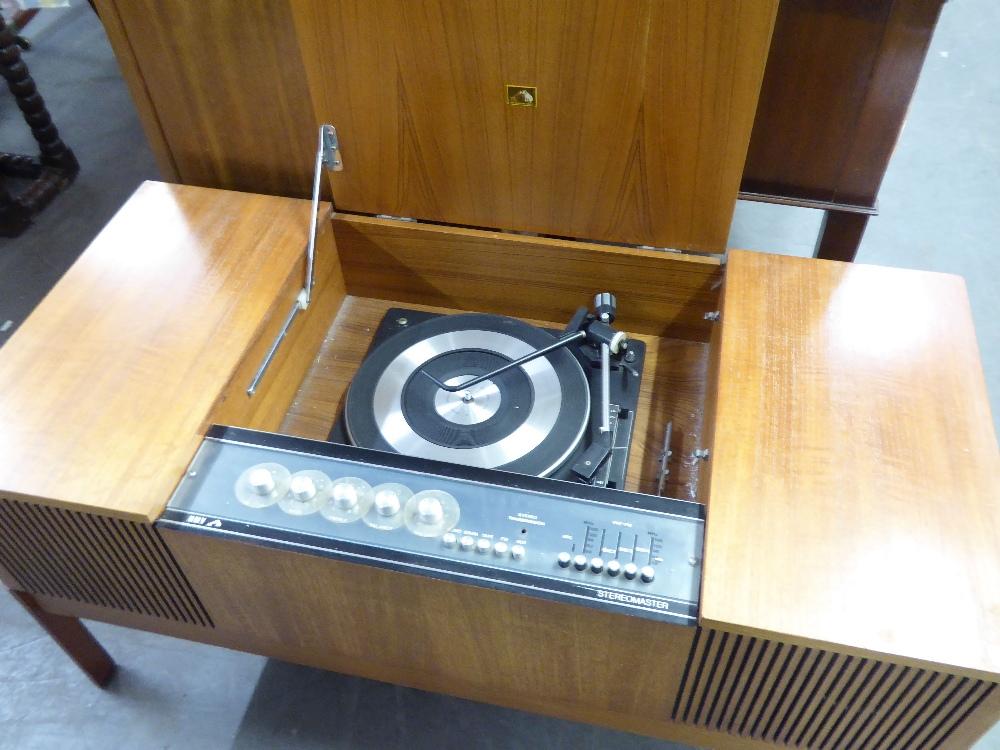 Lot 75 - A HMV 'STEREOMASTER' GRAMOPHONE IN TEAK CASE