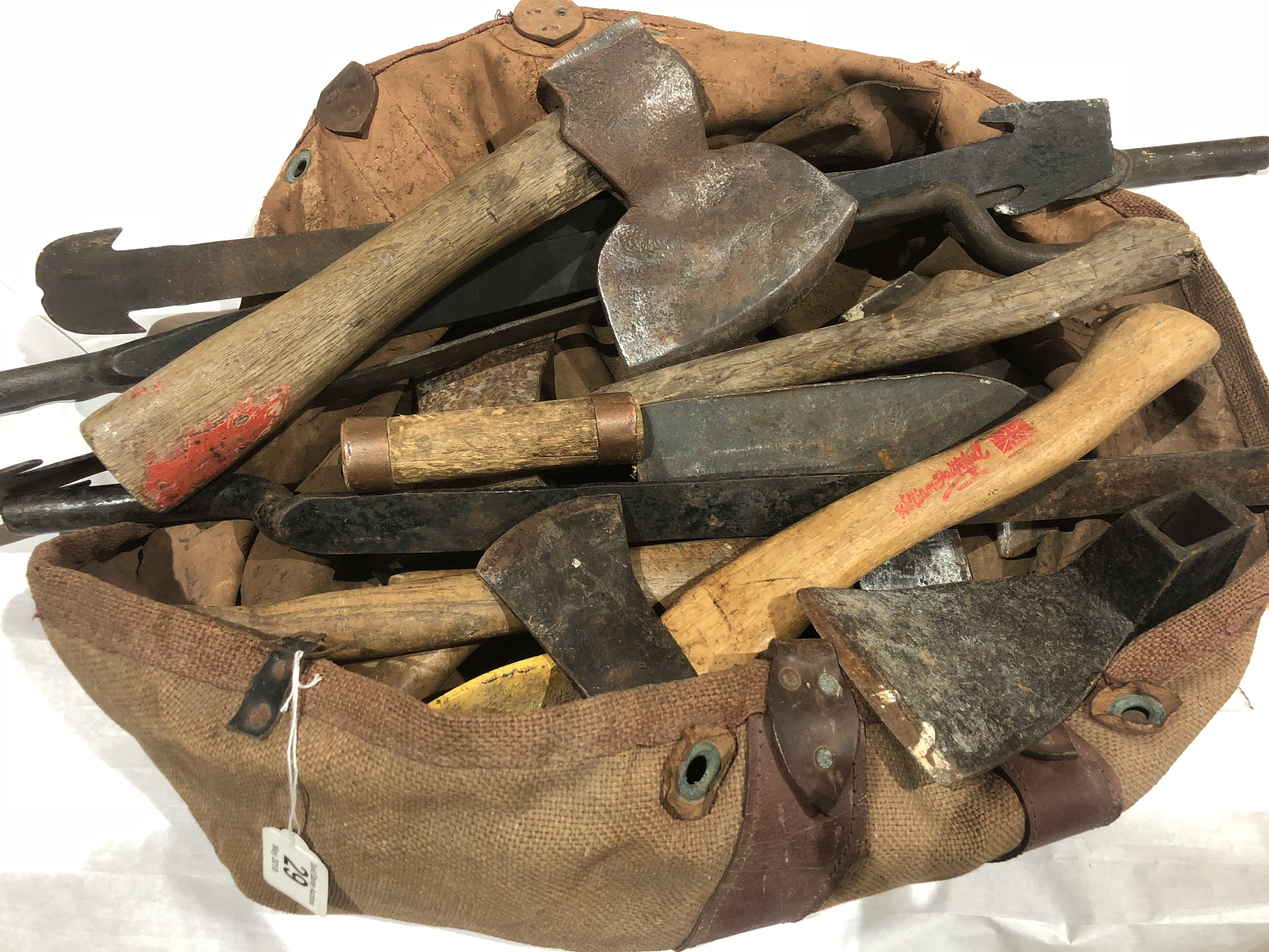 Lot 29 - A quantity of slaters rips,
