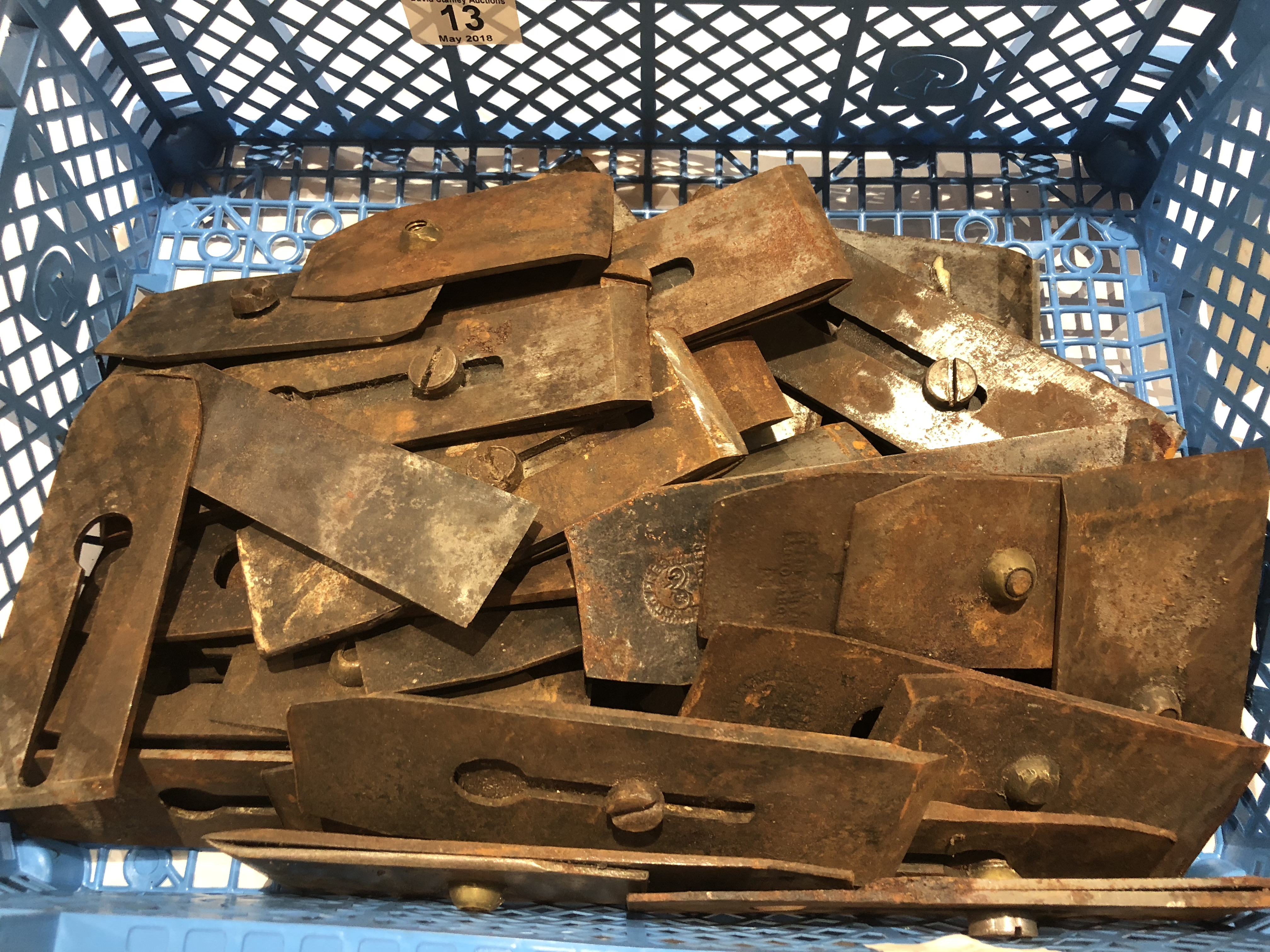 Lot 13 - A tray of plane irons