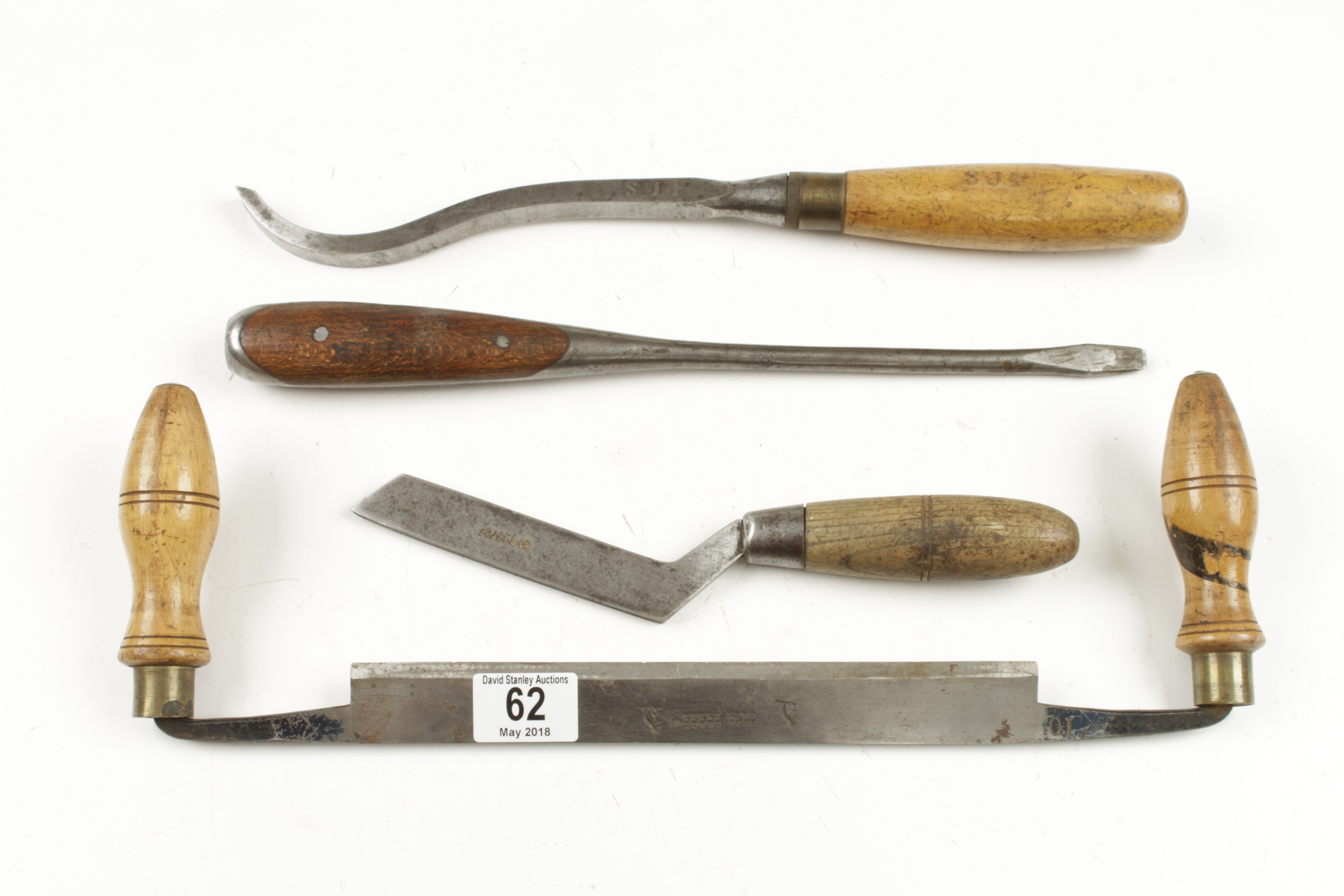 Lot 62 - A drawknife, mortice chisel,