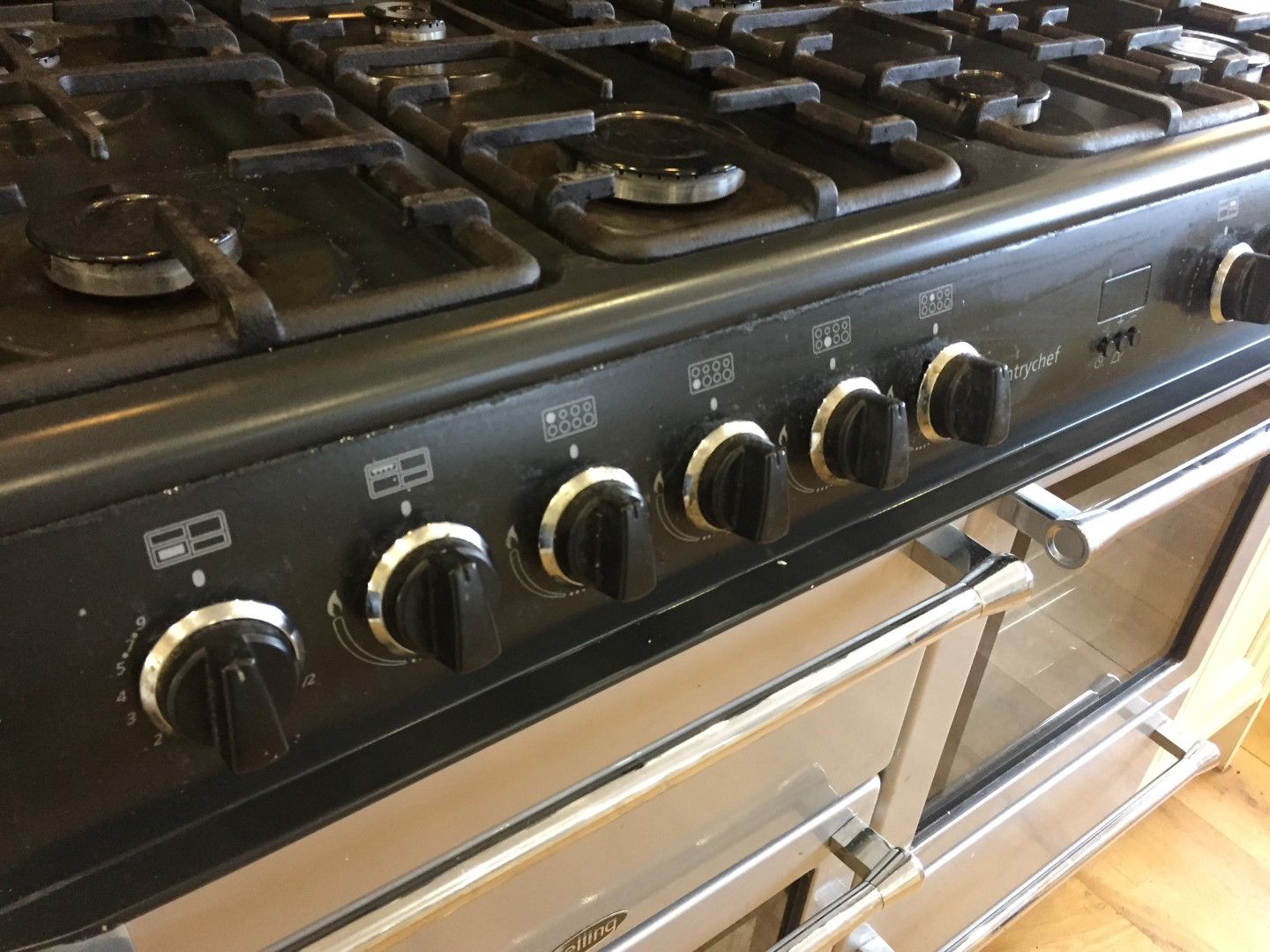 1 x belling 100g silver countrychef 8 burner 2 oven range