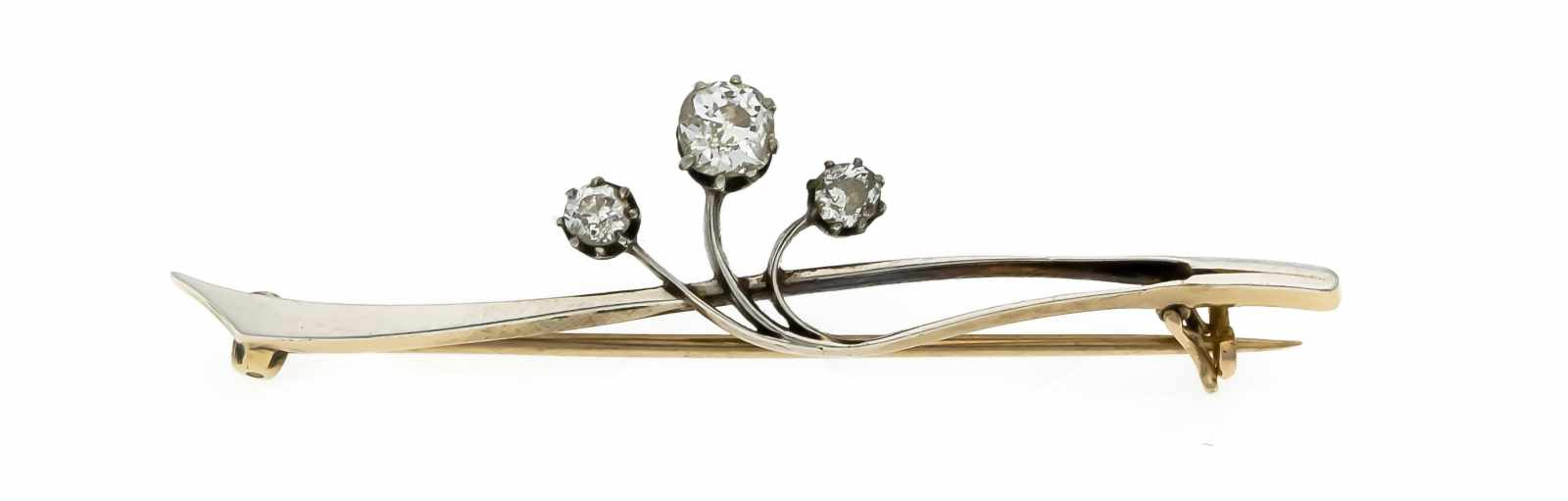 Lot 31 - Altschliff-Diamant-Brosche WG/RG 585/000 mit 3 Altschliff-Diamanten, zus. 0,65 ctget.W/SI-PI, L.