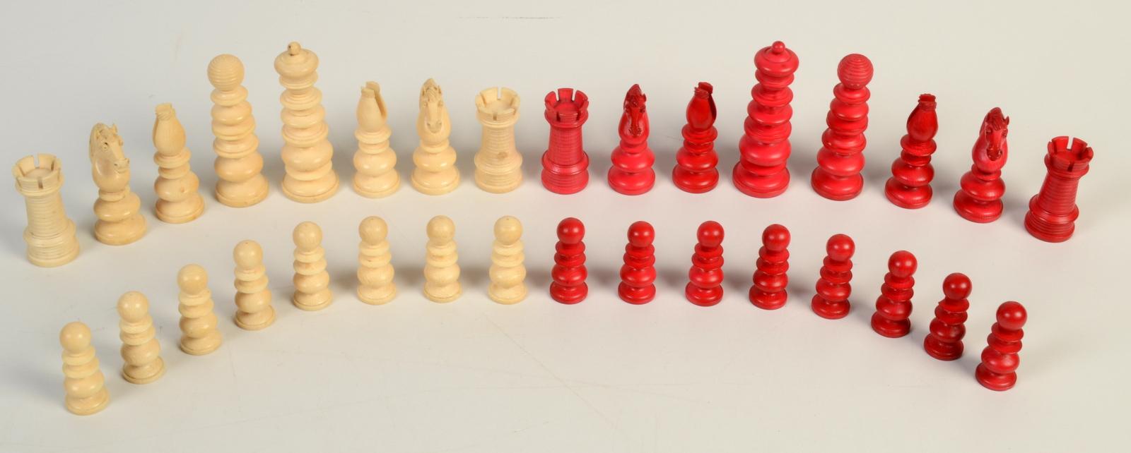 Lot 42 - A good English early 19th century ivory chess set in the Old English pattern, maximum height 8.