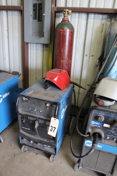 Miller Welding Power Supply, M# Syncrowave 200, S/N MC011347L, (No Tank)