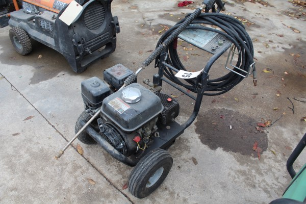 Tahoe Gas Powered Pressure Washer