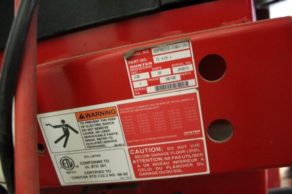 Hunter Digital Tire Balancing Machine, M# GSP9622Q-230V/1PH, Part# 72-419-1, S/N JR9076, W/ Wheel - Image 4 of 7