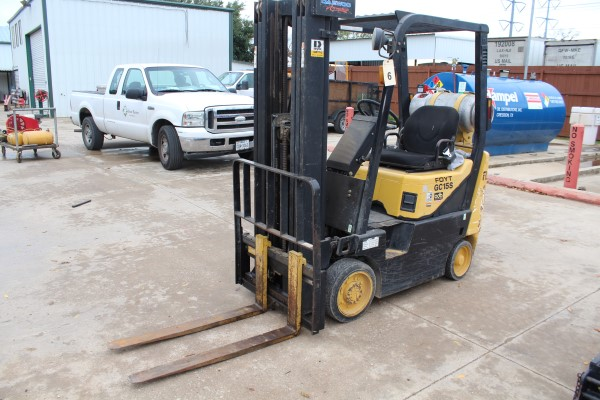 Daewoo 2,550 lb. Fork Lift, M# GC-155-2, S/N D!-00330, 1,201 hours