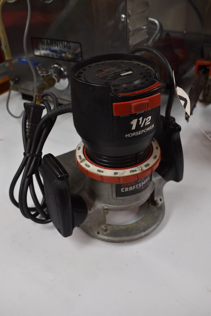 Lot 77K - Sears Craftsman 1-1/2 HP Router