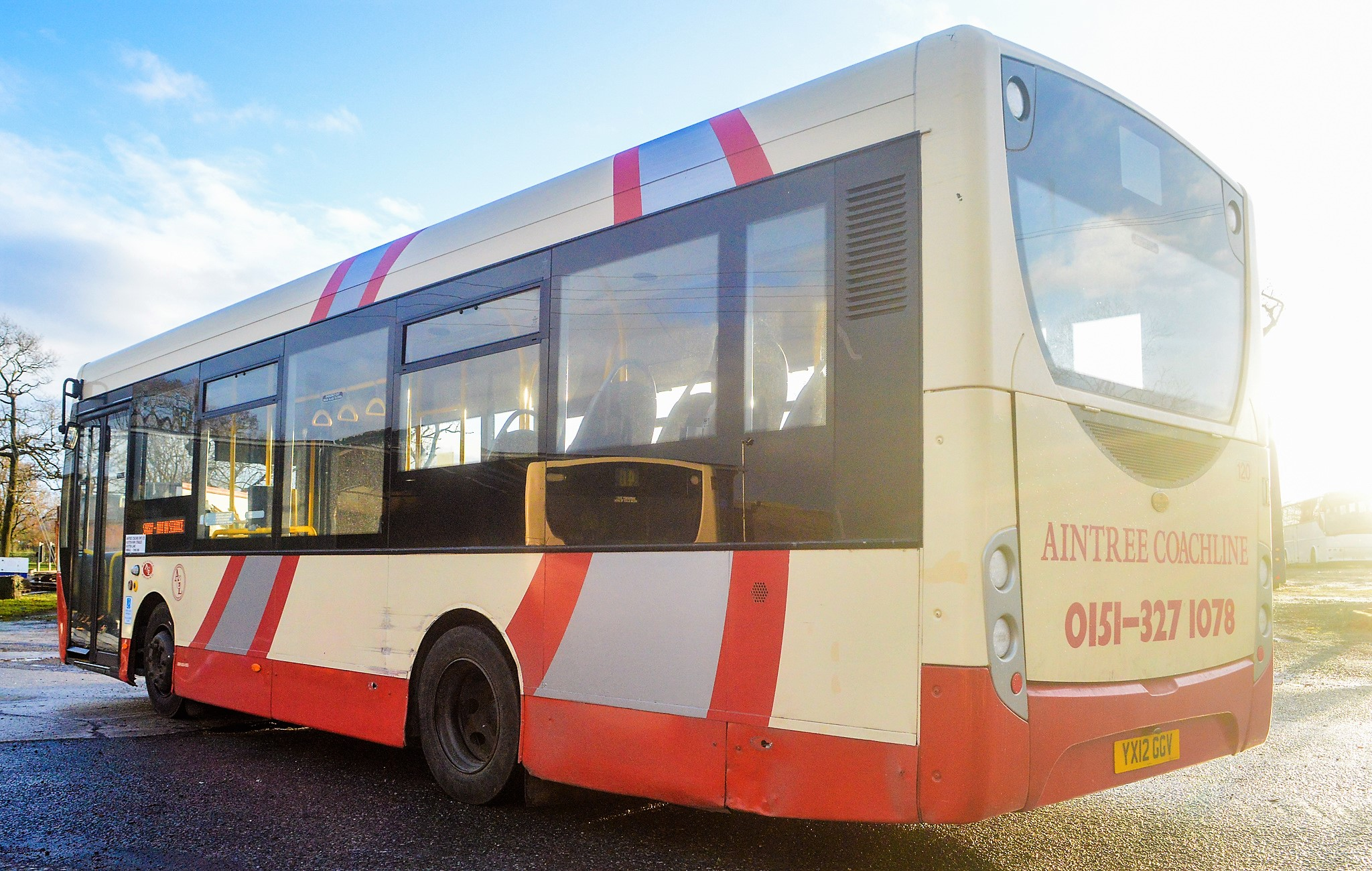 Lot 1 - Alexander Dennis Dart 4 Enviro 2000 29 seat single deck service bus Registration Number: YX12 GGV
