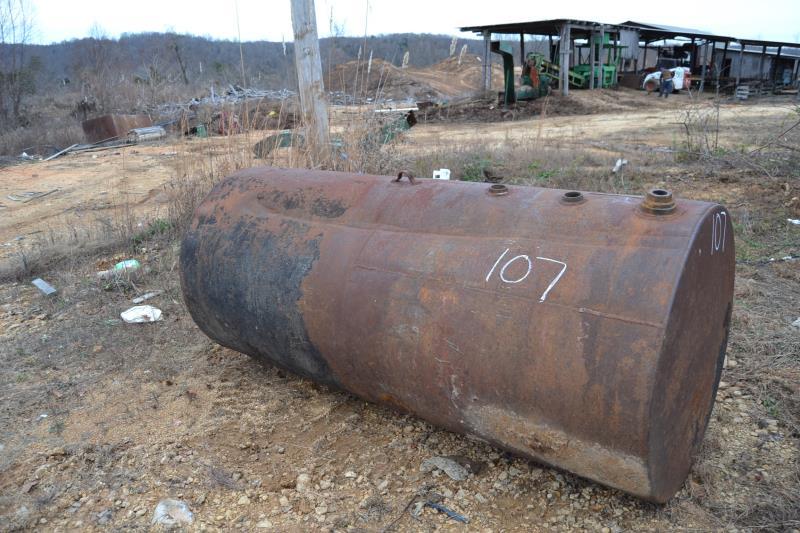 Lot 107 - APPROX. 1000 GAL FUEL TANK