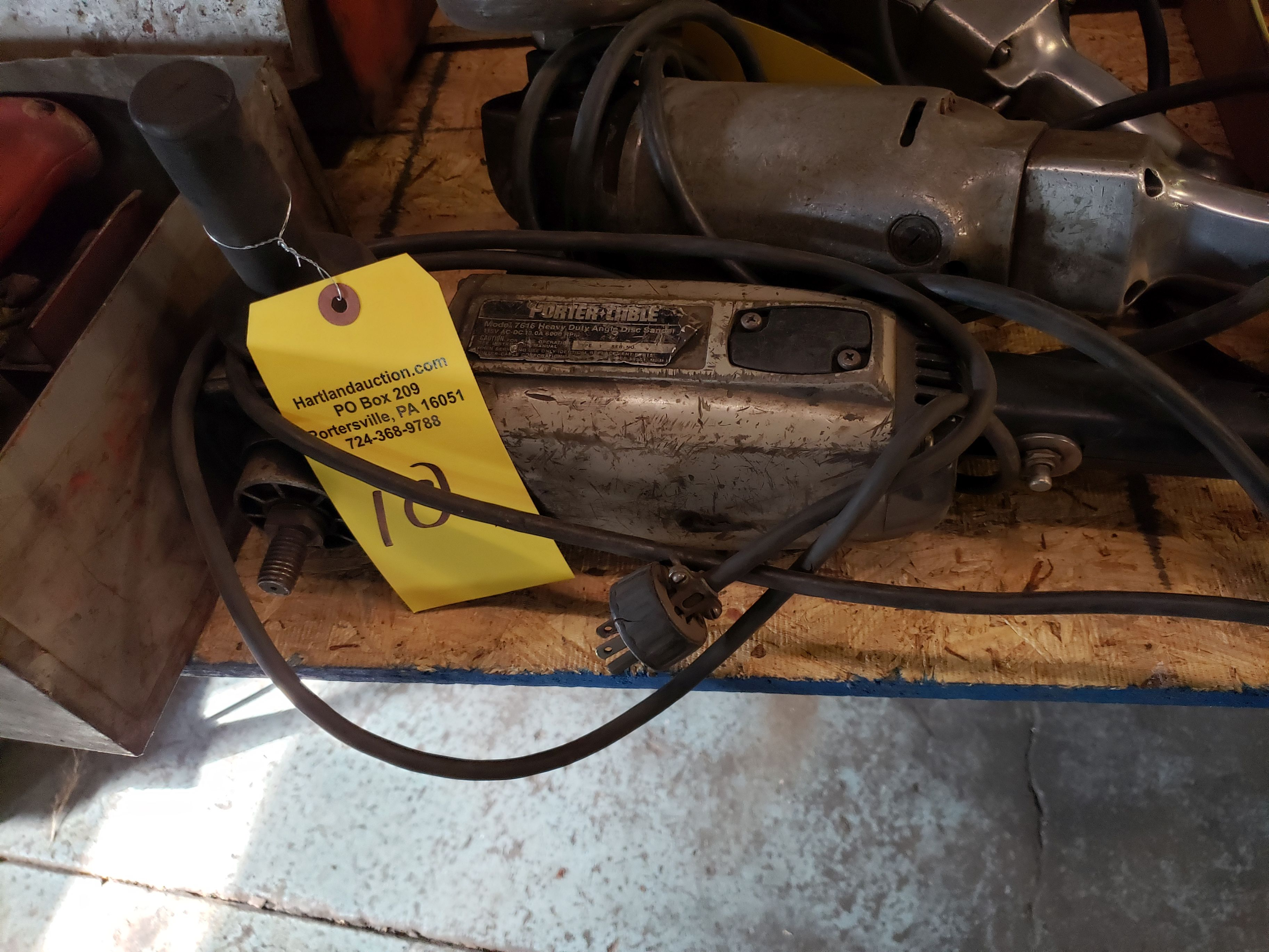 Lot 10 - PORTER CABLE HD RIGHT ANGLE DISC SANDER