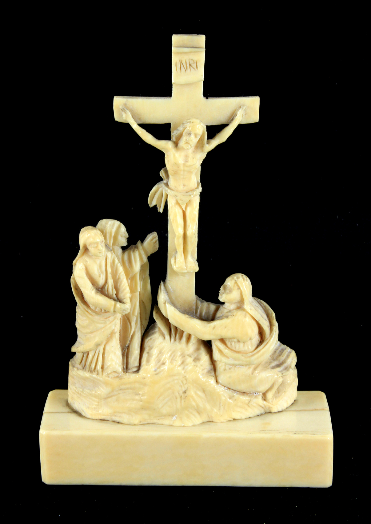Lot 350 - 18th century European school. Calvary scene in carved ivory
