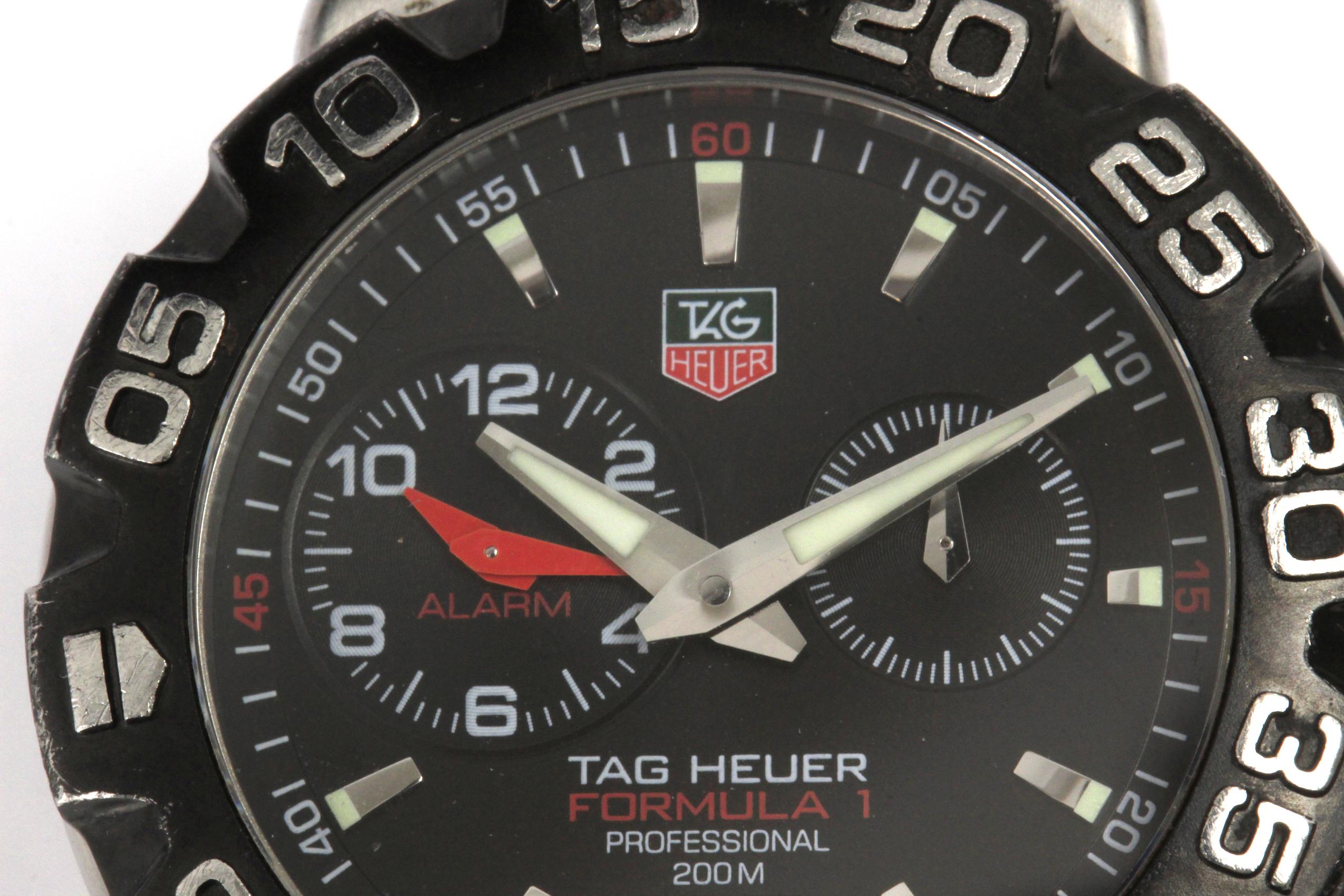 Lot 74 - Tag Heuer. Formula 1