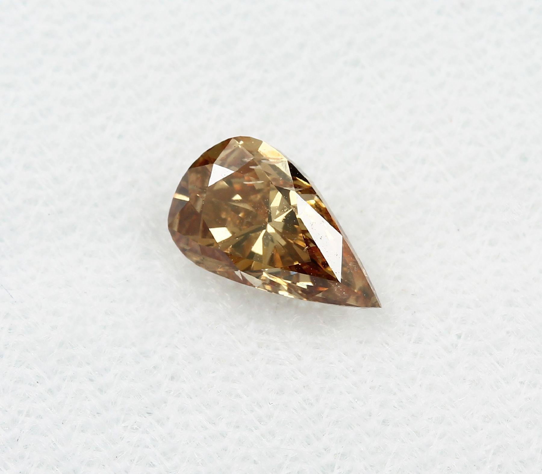 Loser Diamant, 1.01 ct Natural fancy deep brown-yellow, tropfenf. facett., 8.57 x 5.02 x 3.9 mm, mit - Bild 3 aus 3