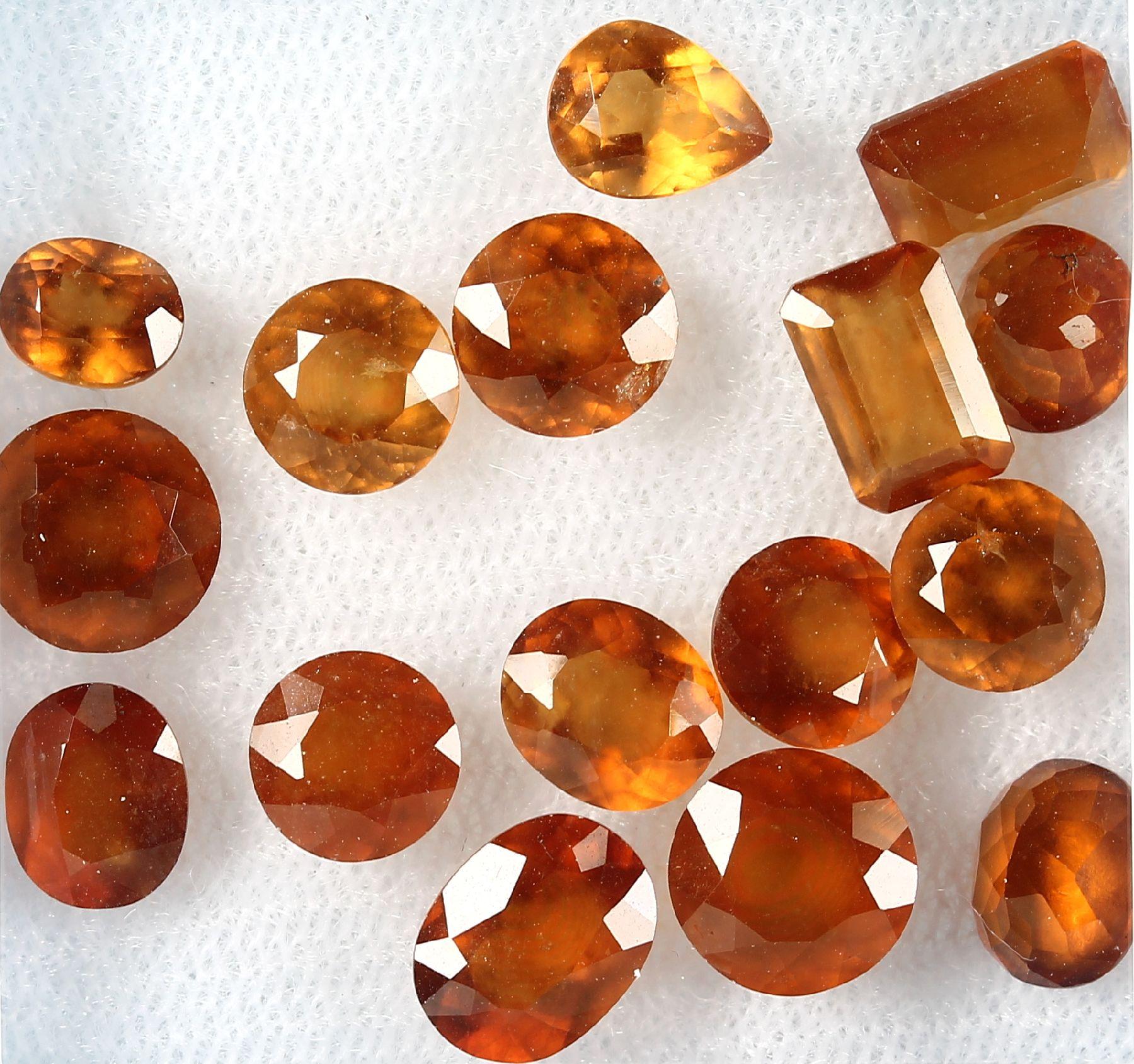 Lot lose facett. Mandaringranate, zus. 20.22 ct, in versch. Schliffformen, überwie- gend rund