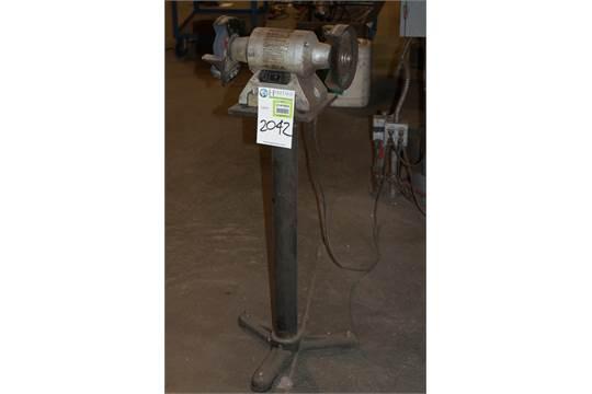 Peachy Skil 3396 Bench Grinder 6 120 Volts 60 Hz 3 2 Amp Hit Ibusinesslaw Wood Chair Design Ideas Ibusinesslaworg